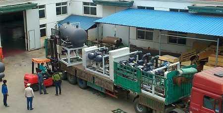 当看到凝新氟利昂桶泵机组的时候十分感兴趣