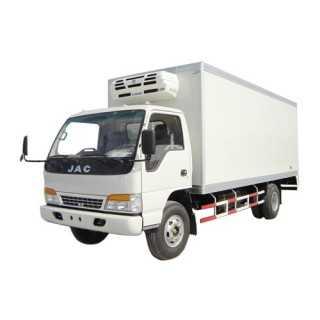 聚氨酯发泡机用于车箱体、冷藏车保温车厢本体紧密坚实,